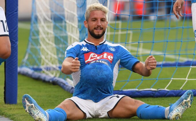 Agonija za Belgijanca, Mertens napušta Italiju!