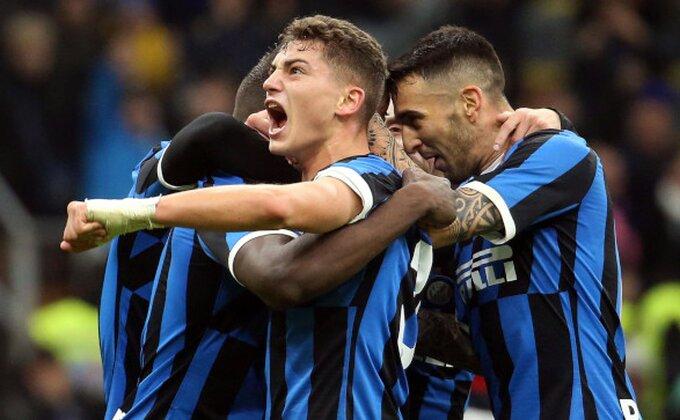 Kakav derbi, sad je Milan u nokdaunu, furiozni Inter!