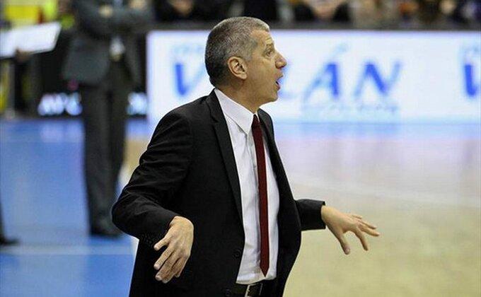 Aca Petrović ljut na sudije posle poraza, ovako ga je Mesina ''poklopio''