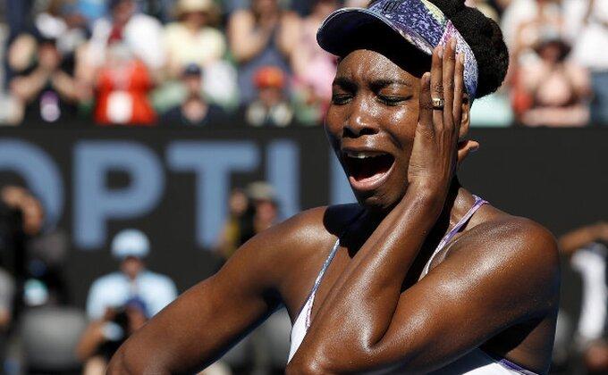 Oklend - Kanadska tinejdžerka pobedila Venus Vilijams