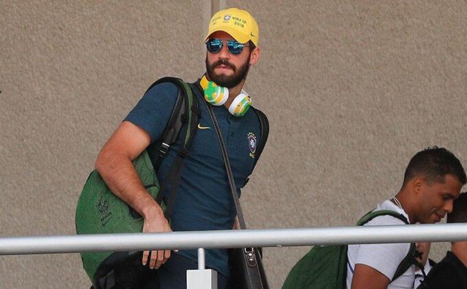 Gotovo je, Brazilac stigao u Englesku!
