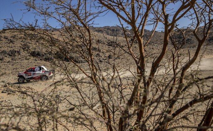 Dvostruki šampion Formule 1 debitovao na Dakar reliju!