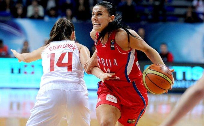 Kako je protekao debi Ane Dabović u WNBA?