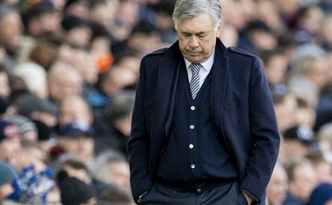 Navijač Evertona oboleo od Korona virusa, a onda ga je nazvao Karlo Anćeloti!
