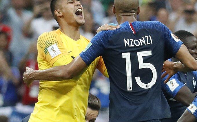 """Posle """"petarde"""" od PSŽ-a, Nzonzi izbačen iz tima!"""