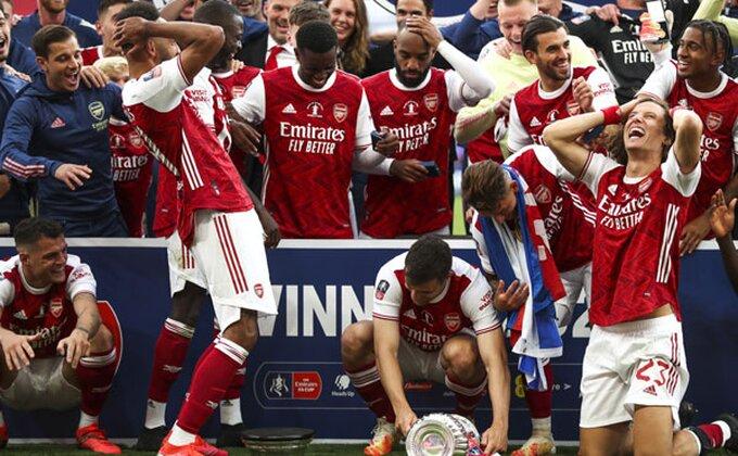 Arsenalov način - Razbacivanje pa analiza!