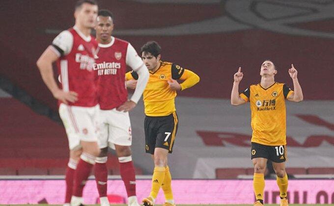 """Arsenal spremio """"padobran"""" u slučaju ispadanja iz PL? Ovo je redosled poteza!"""