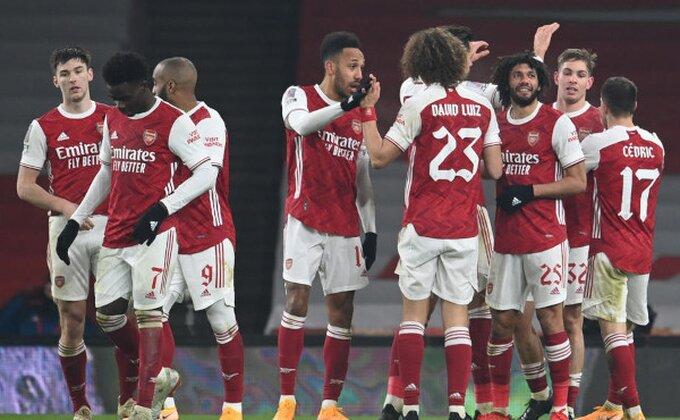 Arsenal sprečio iznenađenje, Njukasl pao u produžecima!