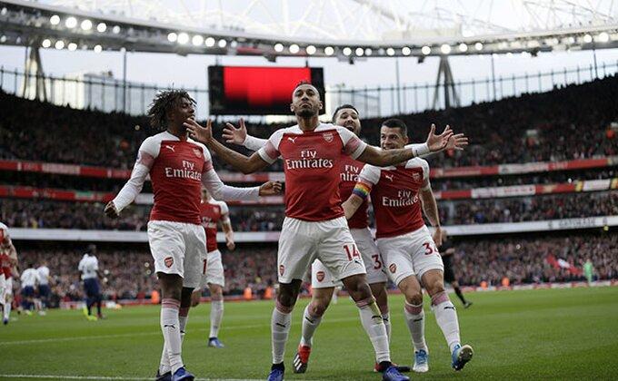 Arsenal za 15 minuta do prednosti u dvomeču!