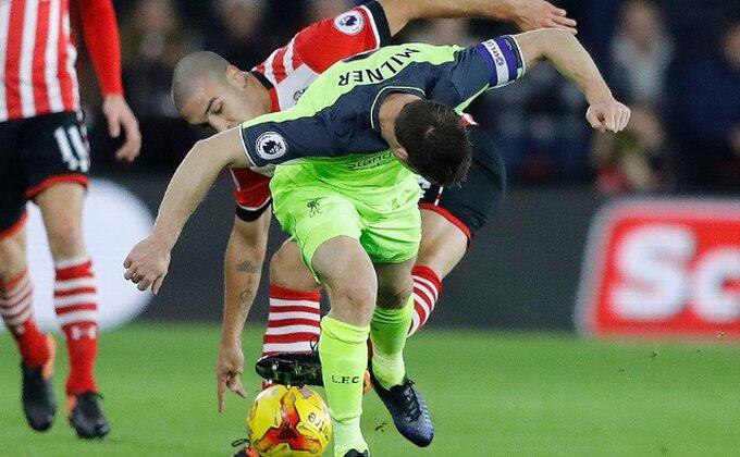 Ovo još niste videli, pogledajte kako snalažljivi Milner štiti loptu od čuvara!