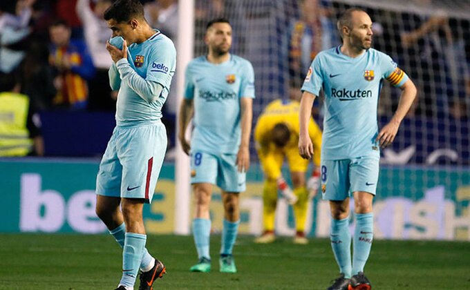Spektakl u Valensiji, DEVET golova i prvi poraz Barse!