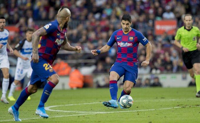 Vidal tužio Barselonu!