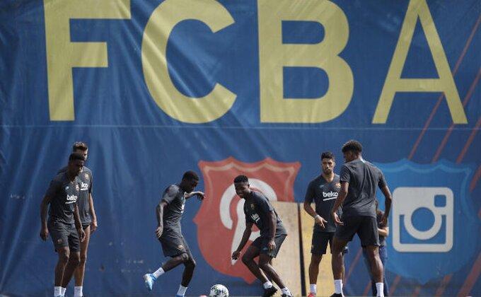 Šest klubova kuca na Barsina vrata zbog Busketsa!