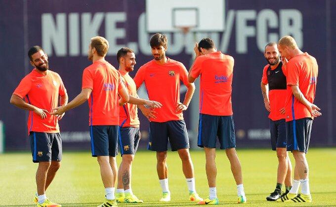 Valverde već zasukao rukave - Precrtao četvoricu u Barsi?