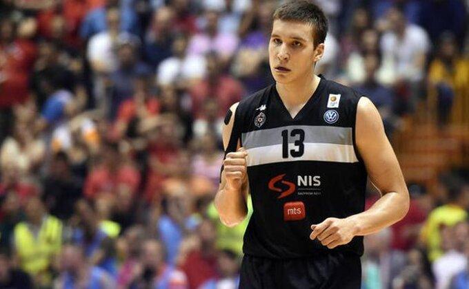 """Šest godina od čuvenog derbija i košarkaške klinike Bogdana """"123"""" Bogdanovića!"""