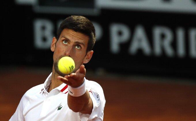 Novak protutnjao u četvrtfinale Rima!