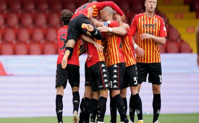 Baksuzni Benevento pred Serijom B, Torino zahvalan Krotoneu