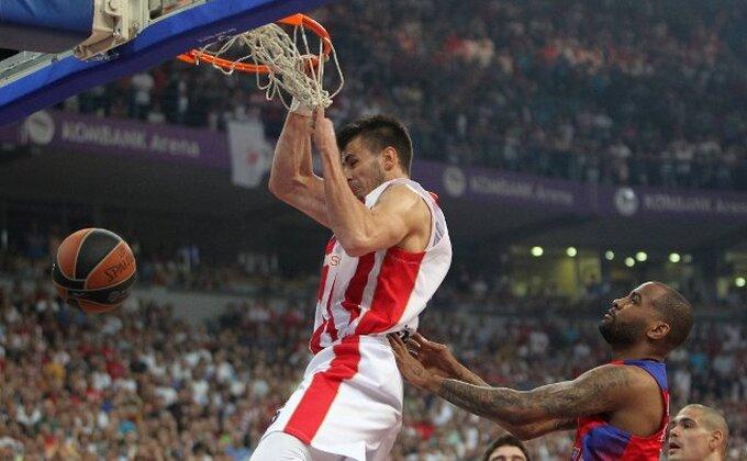 EL - Dangubić stavio Milutinova na poster i dospeo na listu najboljih zakucavanja marta