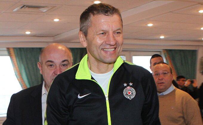 Partizan igra prvi meč na Kipru, dvojica novajlija u startnoj postavi!