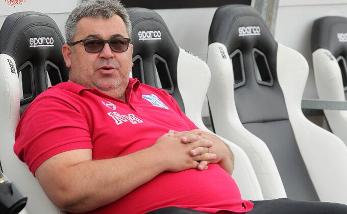 A sad, da se okrenemo fudbalu! Večeras prvo ''Orlići'' stupaju na scenu, ovo je Neškovih 11!