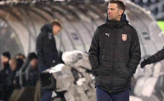 Selektore Krstajiću, kome smeta Bogdan u reprezentaciji?