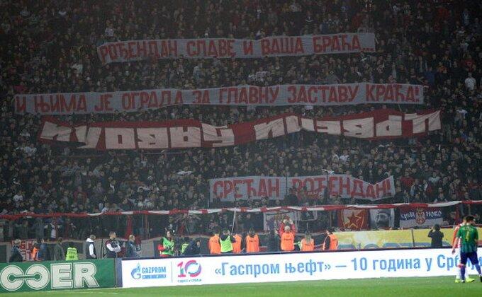 Obračun 'delija' i 'đavola' - Ovako su Kragujevčani odgovorili na paljenje zastave