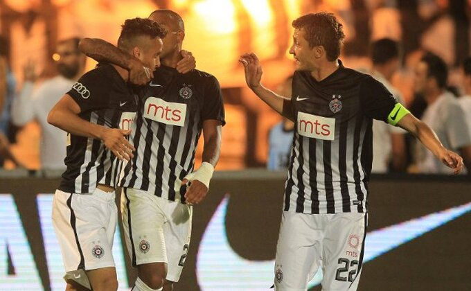 Da li će Partizan morati da povuče očajnički potez? Šta će biti sa Leom i Evijem?
