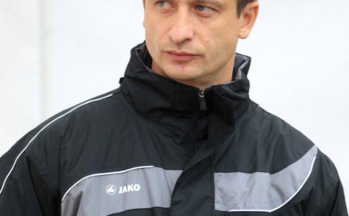"""Veselinović: """"Nova imena u timu za duel sa Radnikom"""""""