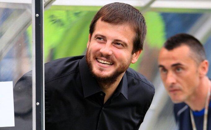 Lalatović nastavlja da šokira: ''Ja sam danas u crnini!''