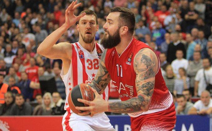 'Armani' poslao Raduljicu u Beograd