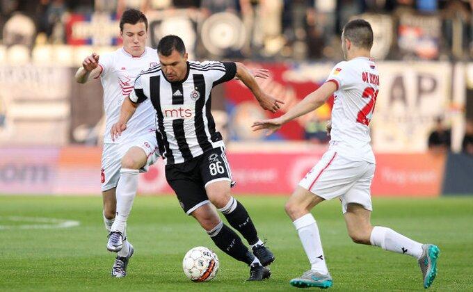 ''Grobari'' zaboravili kad je Partizan dao gol iz igre, a Božinov se (opet) hvali golčinama iz Sitija!