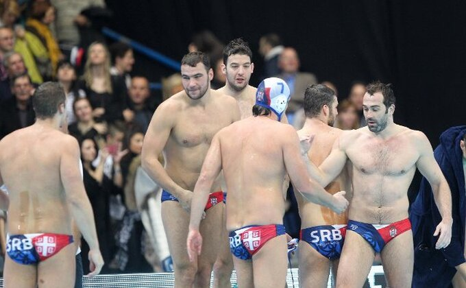 Srbija ubedljiva sa Crnom Gorom za finale