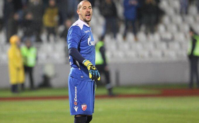 Milan Borjan u epizodi ''Gazi, lomi Zvezdo!''