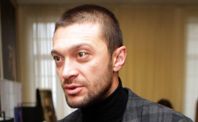 Prva reakcija Ilieva u vezi ''katanca'' u Humskoj