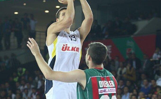 Pogledajte kako je Bogdanović promašio trojku za pobedu!