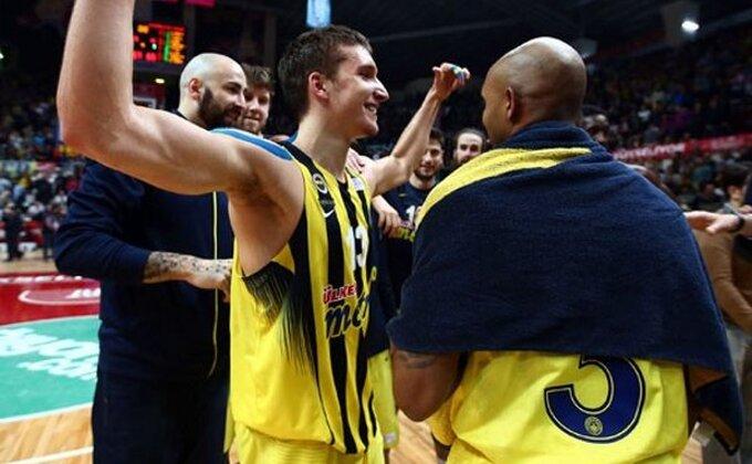 EL - Fener do pobede na mišiće, Bogdan blistao!