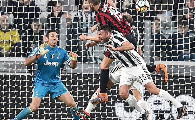 Navijači Juventusa ljuti, ko je bolje prošao u trejdu decenije u Seriji A?