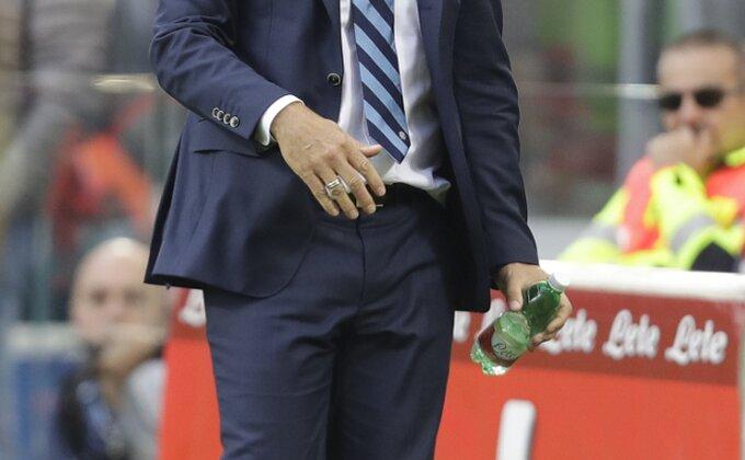 "De Bur: ""U fudbalu nikad nema vremena"""