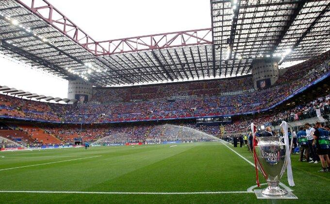 Koliko navijača gleda meč Milana i Torina?