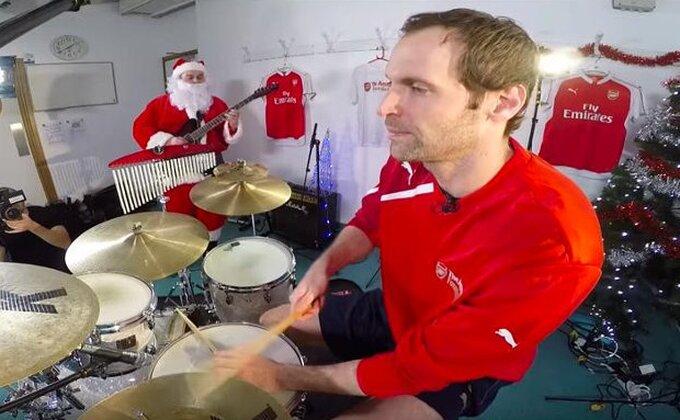 """Kad """"Tobdžije"""" zasviraju božićne pesmice"""