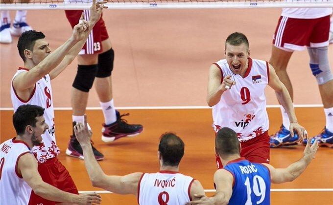 Srbija u polufinalu Svetske lige!