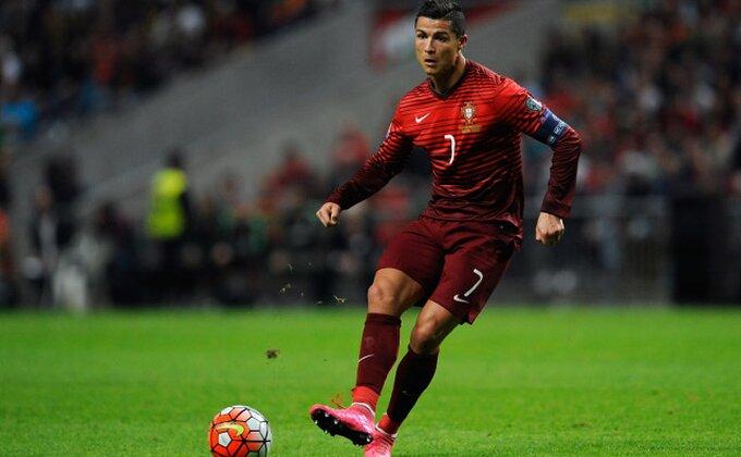 Jednom rečju - Ronaldo! Ovako je utrčao večeras na teren!