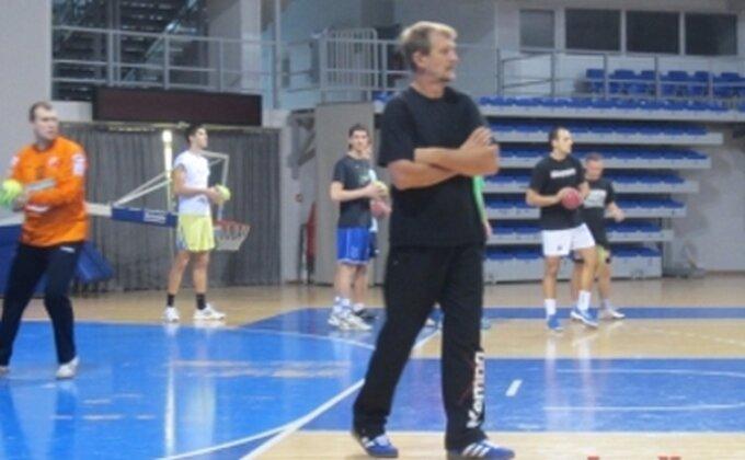 Cvetković opet u ulozi ''spasioca''