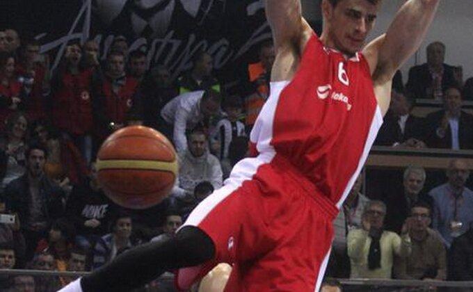 Dangubić ''skenirao'' Partizan