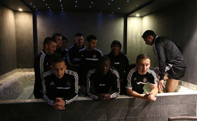"""Crno-beli u đakuziju """"slavili"""" odluku UEFA! (FOTO)"""