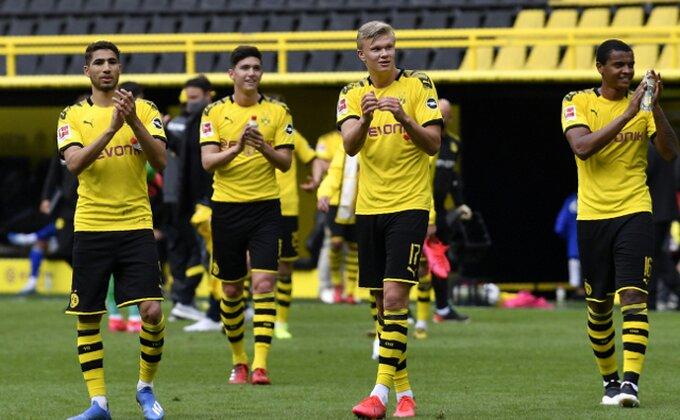 Najoriginalnije slavlje na svetu, fudbaleri Dortmunda pronašli način...