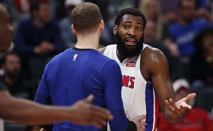 Velika pobeda Pistonsa, Reptorsi ne mogu protiv Kejsija!