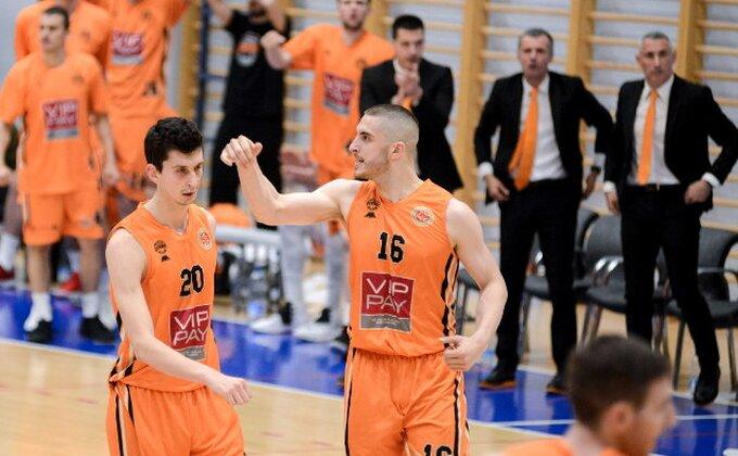 ABA 2 - Srpski derbi u Novom Pazaru pripao Dinamiku!