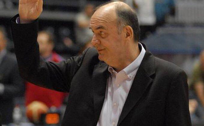 Vujošević: ''Zašto FIBA ne preuzme Evroligu?''