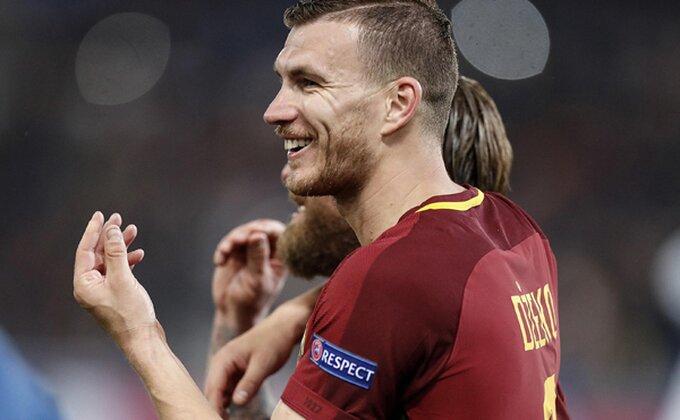 """LŠ: """"Kralj"""" na kolenima, Srbi kreiraju - zašto kasni utakmica u Mančesteru? (POLUVREME)"""